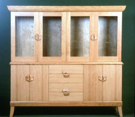 Dogwood hutch