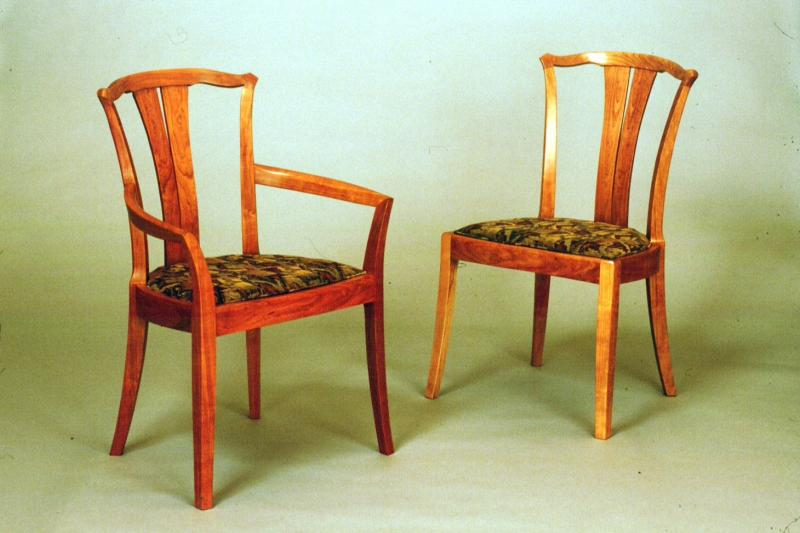 "The body of these chairs are the same size. They are 1 1/2"" wider than the Original Linnea chair design"