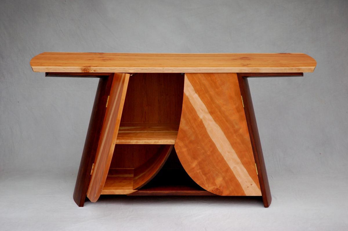 Akira Buffet, wood buffet