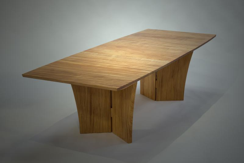 Soglio Dining Table detail