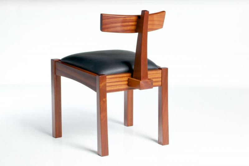 T-backed chair