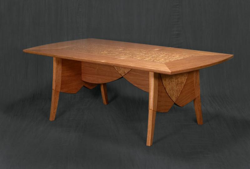 Rich Passage Dining Table